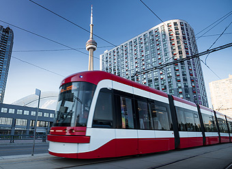 proximity to transit, TTC, GO Train, Metrolinx